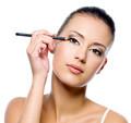 Eyeliner oder Kajal?